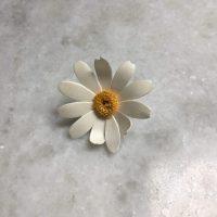 DAISY pin